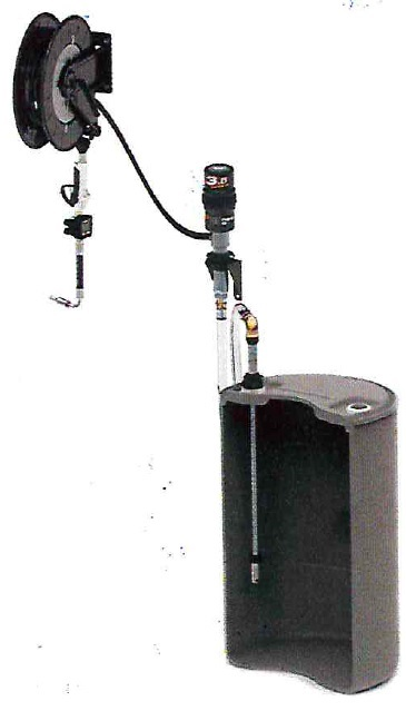 Комплект с насосом 3.5:1 для бочки 200 л и катушкой, настенный - цена, заказать Маслораздаточное оборудование Piusi