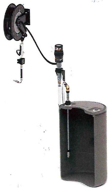 Комплект с насосом 5.5:1 для бочки 200 л и катушкой, настенный - цена, заказать Маслораздаточное оборудование Piusi
